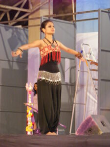 learn belly dance for beginners - Belly Dancing Course ...